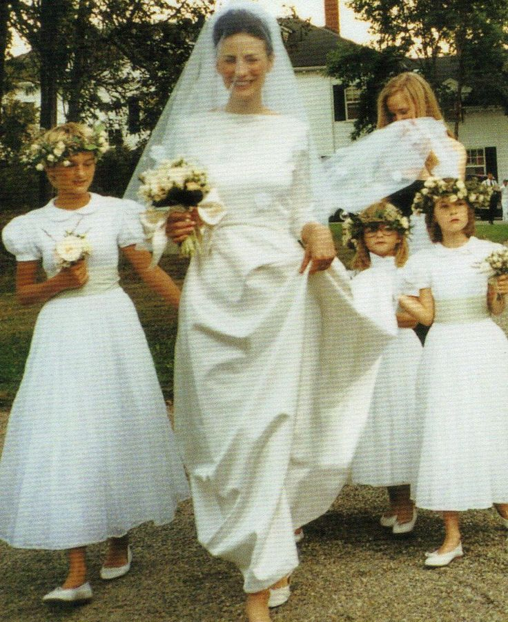 Marina Rust. VOGUE Weddings: The last guide for brides