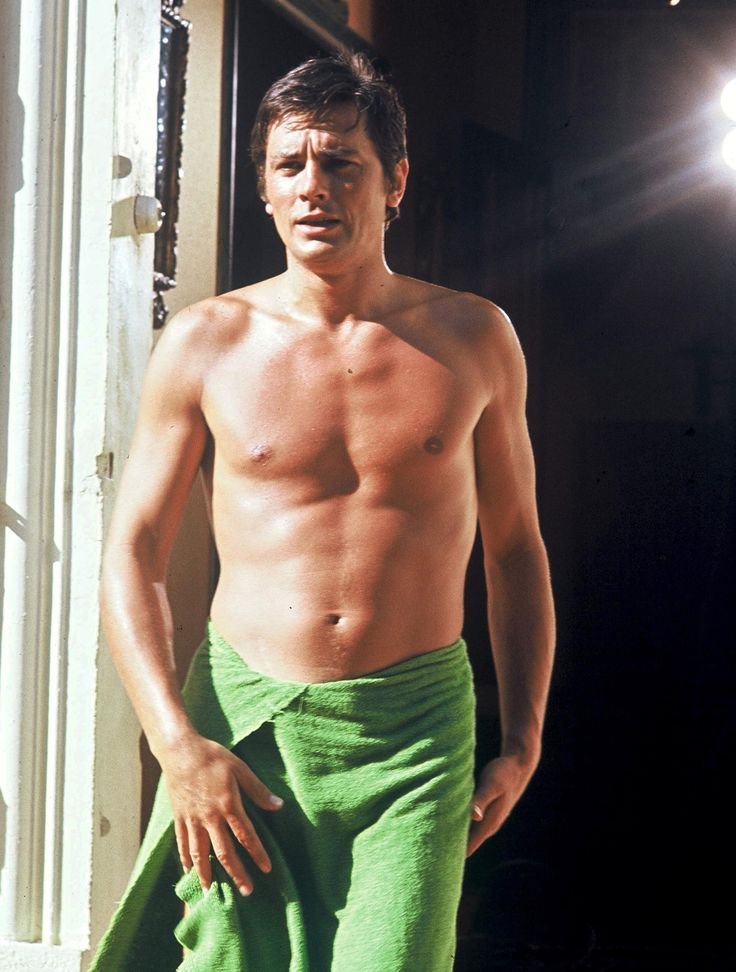 358 best alain delon color b w photography images on for Alain delon la piscine streaming