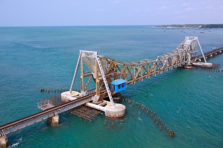 Ponte Ferroviária de Pamban, Índia