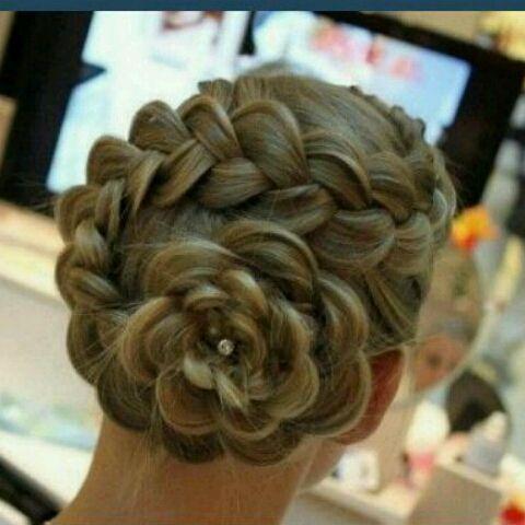Gorgeous Hair: French Braids, Flower Buns, Hairs Flower, Braids Flower, Weddings Hairs, Hairs Styles, Hairstyle, Flower Hairs, Flower Braids