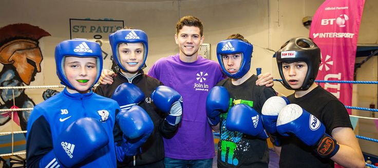 Luke Campbell visited St Paul's Boxing Academy in Hull as part of Join In's Backing up Boxing campaign.