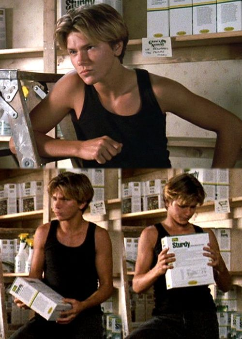 handsome  river phoenix | River Phoenix's hair