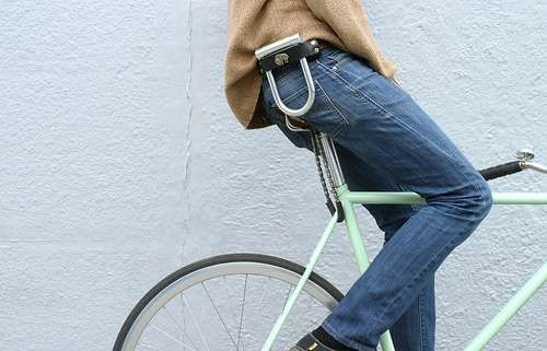 17 best images about bicycle locks integrated locks etc on pinterest cable posts and bike. Black Bedroom Furniture Sets. Home Design Ideas