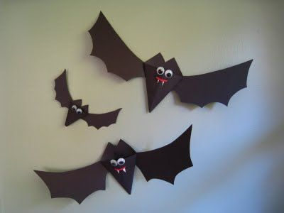 halloween craft for kid: paper bats - crafts ideas - crafts for kids