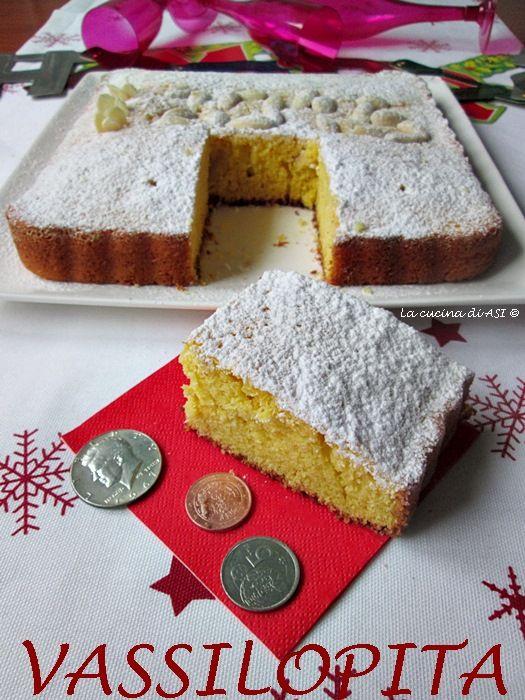 Il dolce Vassilopita è la torta ideale per il Capodanno:nascondevi una monetina e chi la troverà avrà un nuovo anno FORTUNATISSIMO!Ricetta dolce La cucina di ASI