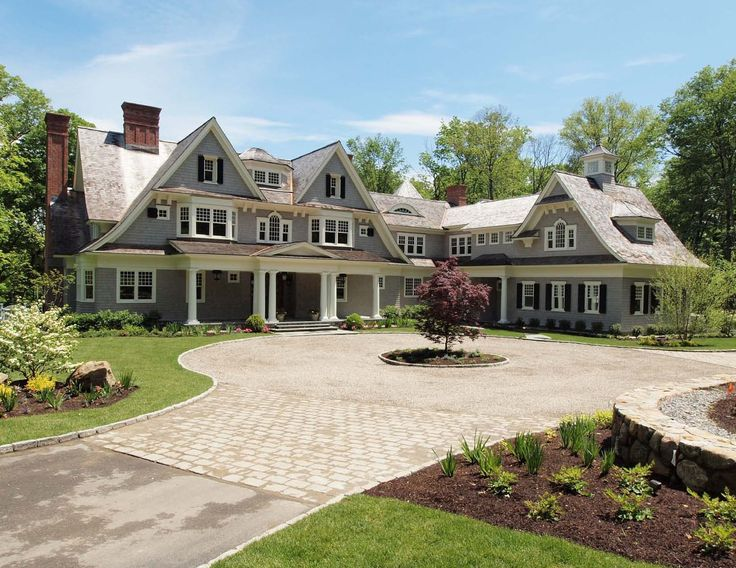 12 best ideas about driveway on pinterest front yards for New england homes com