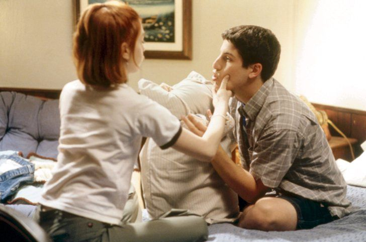 Pin for Later: 10 Movie Romances That Will Make You Want a Summer Fling Jim and Michelle, American Pie 2