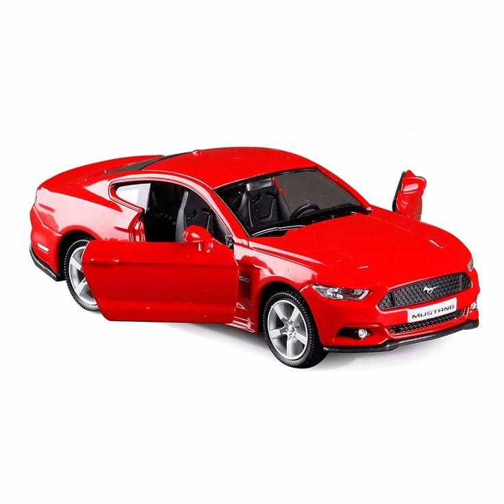 Livraison gratuite rmz city 1:36 2015 ford mustang gt voiture l education Modele Classique Pull back Miniatures En Metal jouet Pour Collection cadeaux