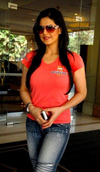 Zareen Khan Hot Photos #4