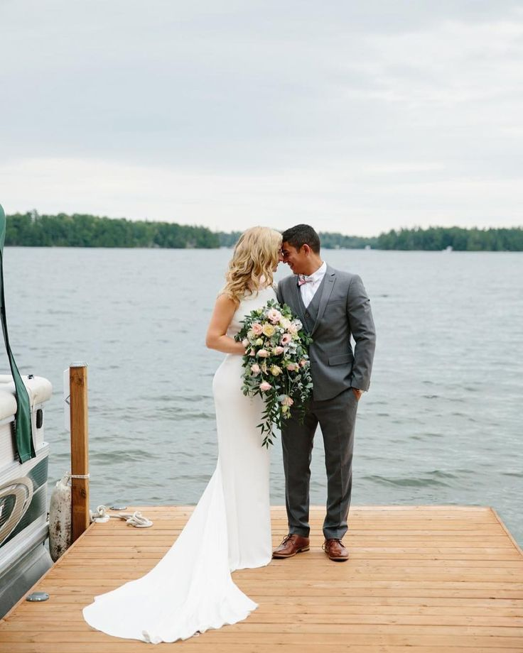 It's a long read but it's SO worth it if you're planning an outdoor wedding and want to know what it's like to deal with TORRENTIAL RAIN AND TORNADO WARNINGS on your big day. Up on my blog today I finally wrote about one of the most memorable weddings I've ever worked on. Hint: it involves the wedding party sinking their boat on the lake a 125-foot-long dinner table and a whole lot of lightning! Visit http://ift.tt/2rWr0X1 #wedding #weddinginspiration #bridal