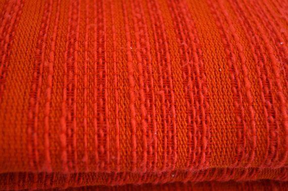Red bedspread. Vintage bedspread. 224 cm x 212 cm. by vintagdesign