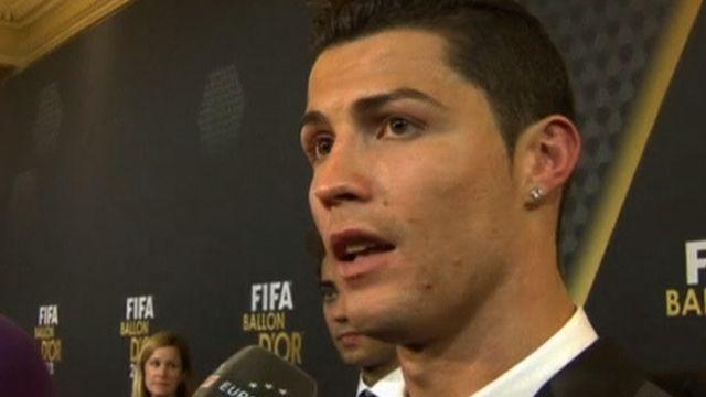Ronaldo's 2013 Ballon d'Or win - BBC Sport