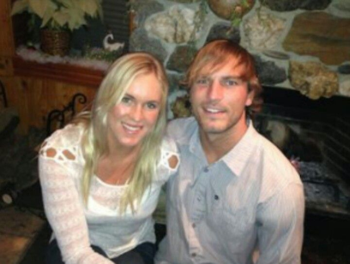 bethany hamilton and adam dirks how did they meet