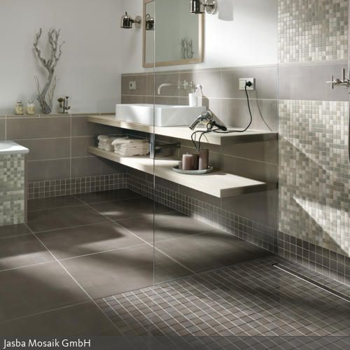 25+ Best Ideas About Badezimmer Fliesen Grau On Pinterest | Graue ... Badezimmer Fliesen Mosaik Grau