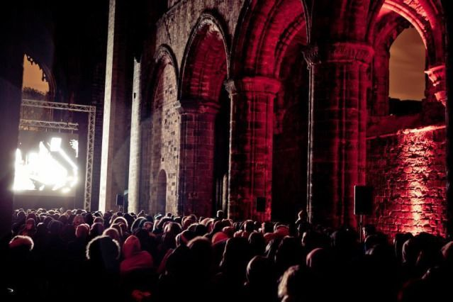 (PHOTO: VisitEngland)  August Bank Holiday 2016: Things to do in the UK:  Lancashire: Harry Potter movies at Lancaster Castle  Sneaky Experience is bringing a touch of history back to life in a magical experience at Lancaster Castle, a place known for its famous trials of the Pendle witches in the 1600s, this August Bank Holiday. The outdoor screenings, from 25 to 29 August, promise to entertain fans of the Harry Potter films of all ages, with the majestic backdrop of Lancaster...