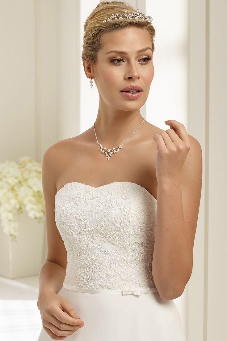 HIACYNT dress from Bianco Evento  #bridaldress #weddingdress