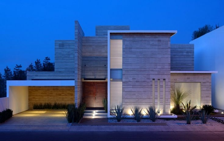 A true dream Mexican home, set in Pachuca, México, Navona House, is composed of several interconnected volumes.