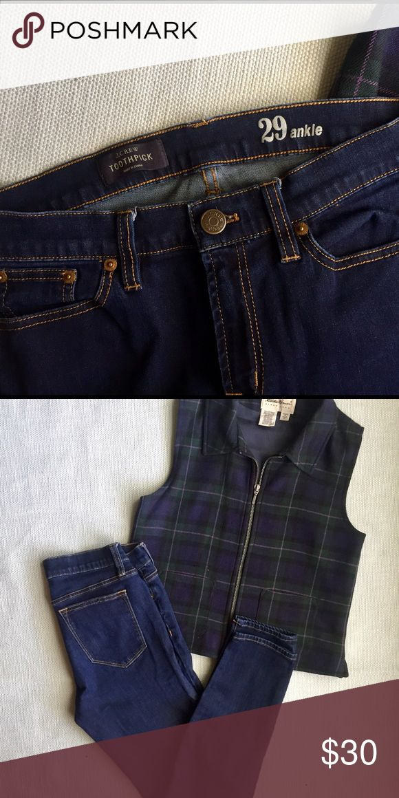 "J.Crew Toothpick Jeans- 29 Toothpick style J.Crew dark wash size 29. 💙 inseam 27.5"" waist 29"" (doubled, lying flat) front rise 9"" hip 35.5"" (doubled lying flat) J. Crew Jeans Skinny"