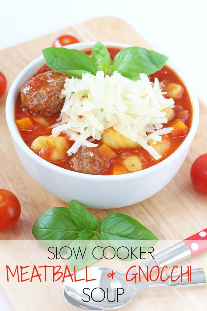 A delicious, warm and comforting Italian Meatball & Gnocchi Soup recipe. A super easy family meal made in the slow cooker. Minimum effort, maximum taste! | My Fussy Eater blog