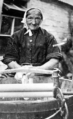 Tour Scotland Photographs: Old Photograph Fishwife Washing Clothes Pittenweem East Neuk Of Fife Scotland