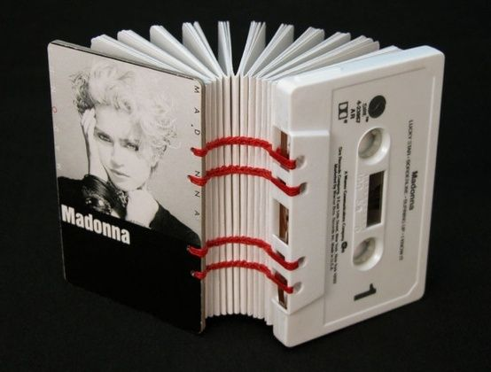 Cassette tape notebook - 15 DIY Interesting and Useful Cassette Tape Reuses
