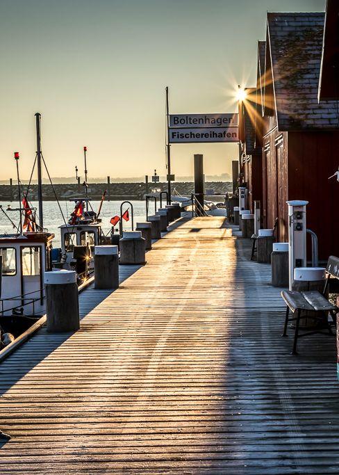 Fischereihafen Boltenhagen: Traumhafter Start mit Sonne in den Wintertag ☀⛄