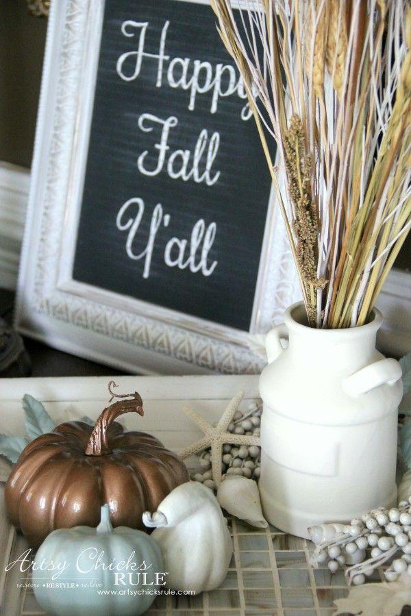 Welcoming Fall Foyer - Neutral Coastal Decor - Thrifty Decor - artsychicksrule
