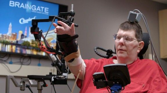 Paralyzed man feeds himself for the first time in eight years thanks to some incredible technology