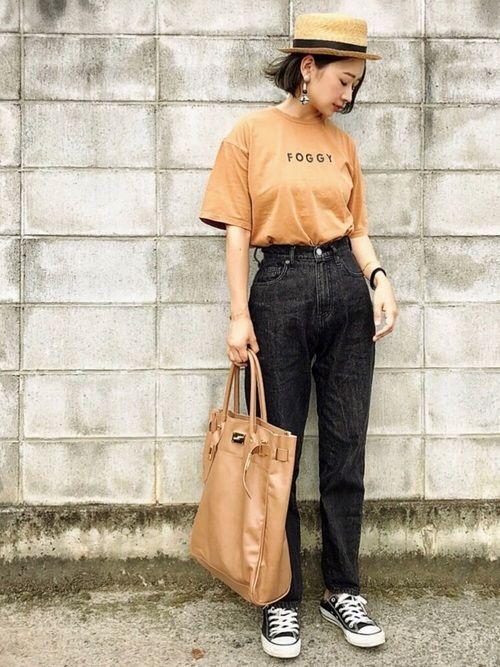ご覧いただきありがとうございます!  チャオパニックティピーのロゴTシャツ♡  WEARISTAのTOMOKAさんがオススメされてた ニコのデニム買いました はき心地◎✨  Instagram→miyaco.wear