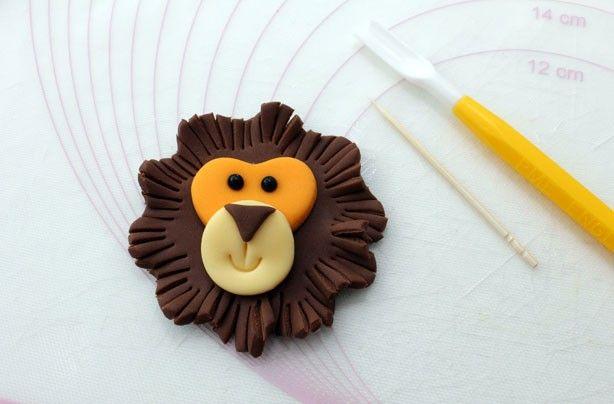 lion cupcake | Lion cupcakes - goodtoknow
