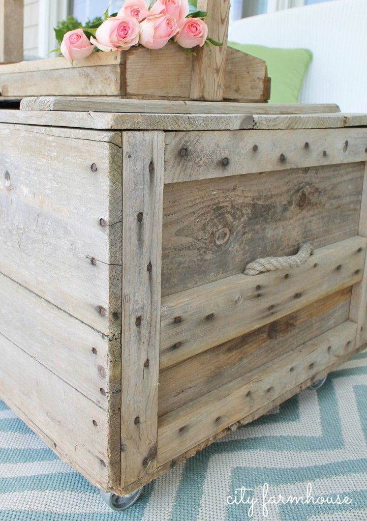 How To Turn A Vintage Crate Into A Coffee Table With Casters