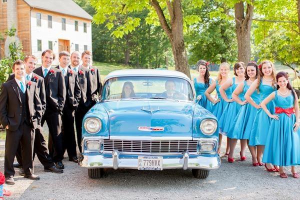 retro wedding // red and aqua wedding