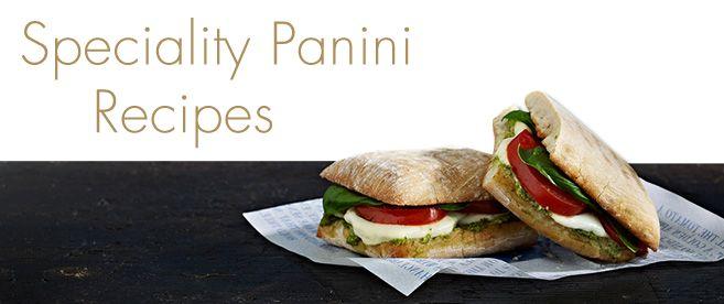 Panini- Artisan чиабатта   сыр Маскарпоне   Milano салями   Жареный красный и желтый перец   побрился итальянский сыр , такие как Грано Падано   Руккола