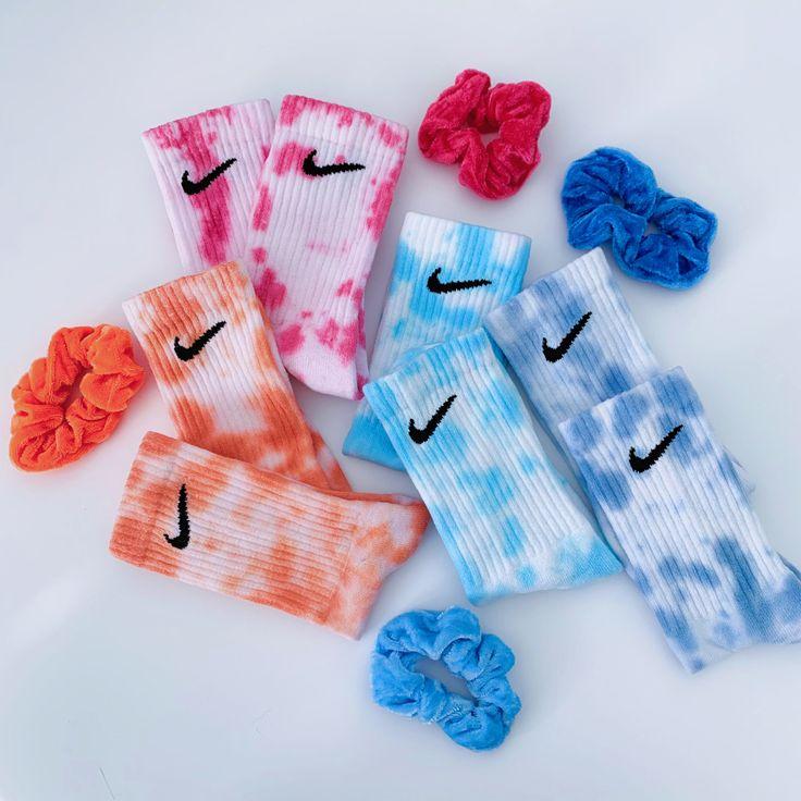 Nike x Scrunchie tie dye in 2020 Tie dye socks, Tie die