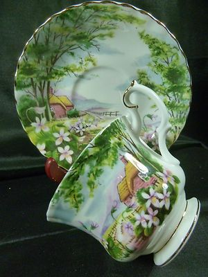 ROYAL ALBERT  TEA CUP AND SAUCER COUNTRY SCENES ~DINGLE DELL~ COUNTRY COTTAGE