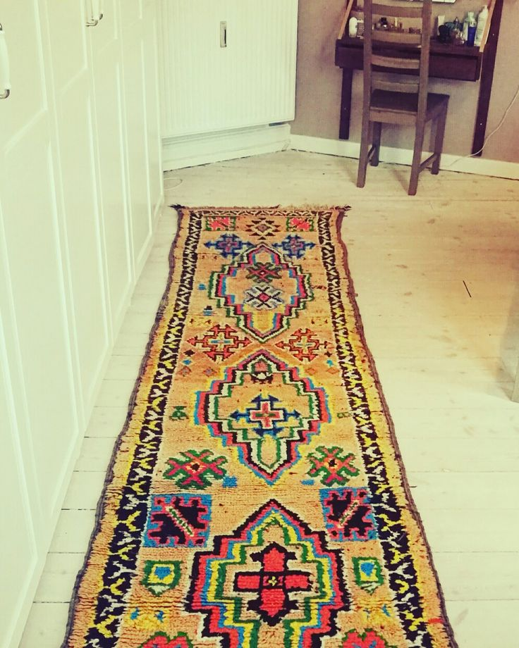 A pop of color!  Love this berber rug.
