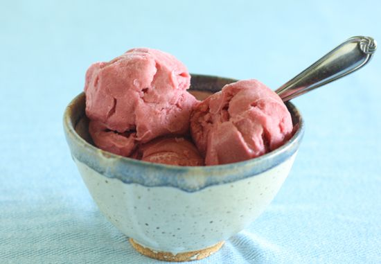 This amazingly silky and creamy rhubarb sorbet is a rhubarb lover's ...