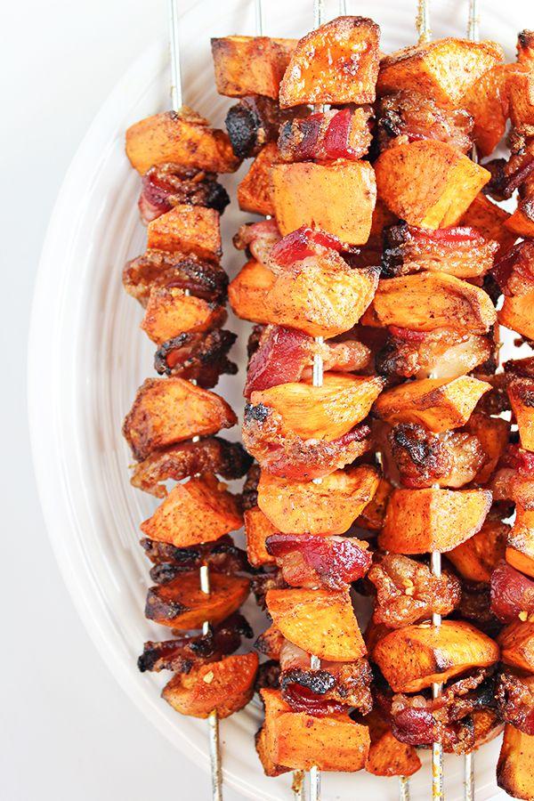Gemakkelijk bijgerecht recept: zoete aardappel en Bacon spiesjes!