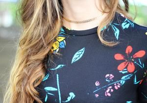 TRIBE ARROW CHOKER - According to the Native American Tribes, when an arrow is pointing to the left it meant warding off evil, and an arrow pointing to the right meant protection. Which way will you wear your necklace? Let the Tribe Arrow choker symbolize movement, power, and direction of travel. Seek new adventures with your favorite dainty Arrow choker! Wear it solo or invite some of your other WAA favorites to the TWINPARTY!