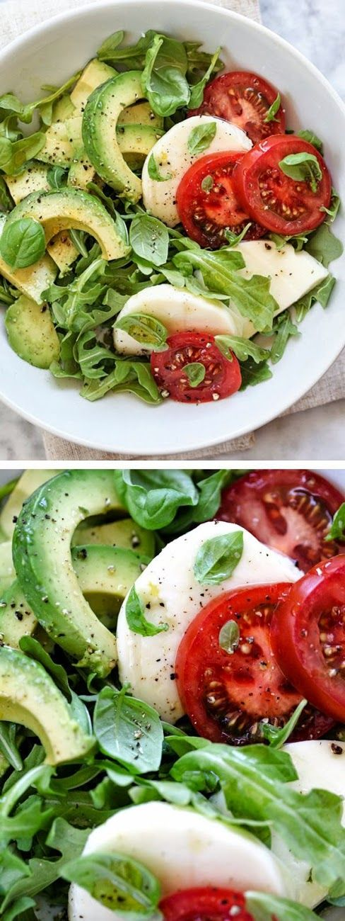 Ingredients  2 cups fresh arugula  ½ avocado, pitted and sliced  3 slices fresh mozzarella cheese  fresh basil leaves  1 tablespoon extr...