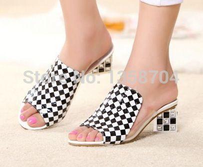 Туфли на платформе с стразами туфли женщина летние тапочки дамы хрустальные тапочки марка обуви женщина квартиры с открытым носком туфли