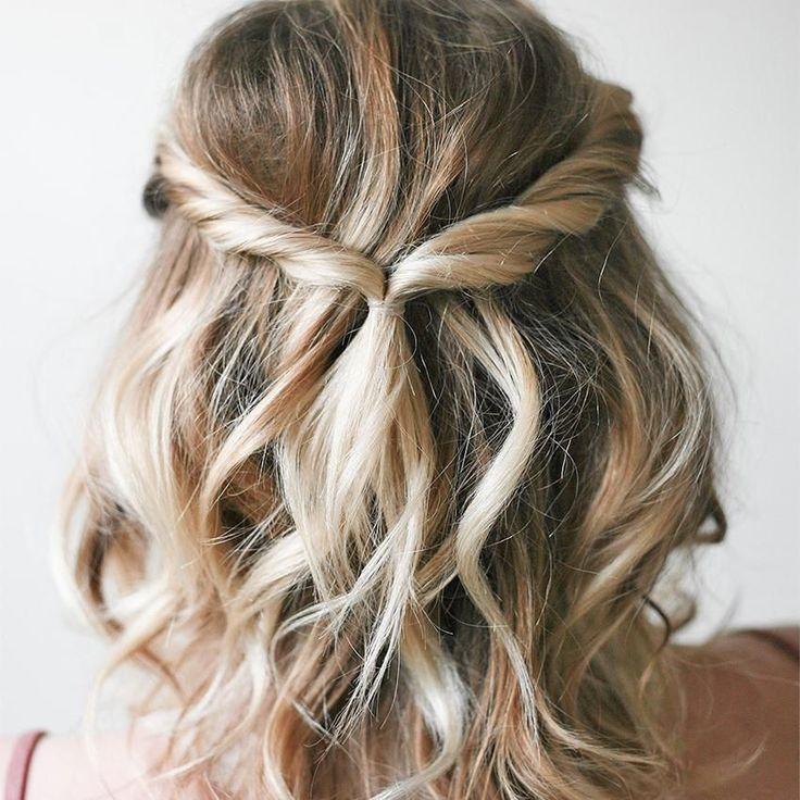 Hairstyle Medium Hairlook Hairstyle Medium Hair Hairlook Hairstyle Medium In 2020 Bridesmaid Hair Medium Length Medium Length Hair Styles Simple Bridesmaid Hair