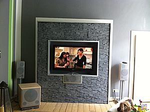 click op de afbeelding for a grotere versie naam verkeerde tv muur zwarte steen vals tv muur. Black Bedroom Furniture Sets. Home Design Ideas