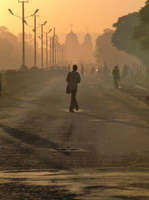 walking to work, ethiopia