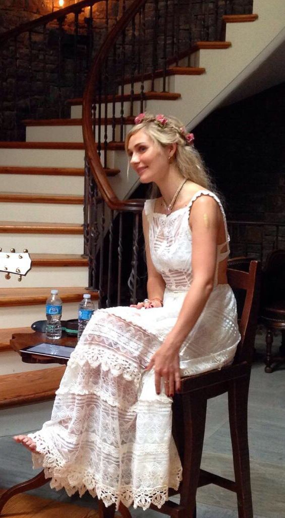 Clare Bowen. This dress!