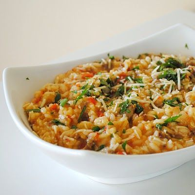 red pepper and italian sausage risotto: Sausages Risotto, Side Dishes, Red Peppers Risotto, Dinners Recipes, Italian Sausages, Food, Italian Risotto Recipes, Holman, Favorite Recipes