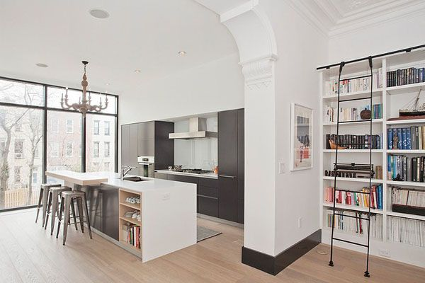 Stunning renovation of a four story townhouse in Manhattan