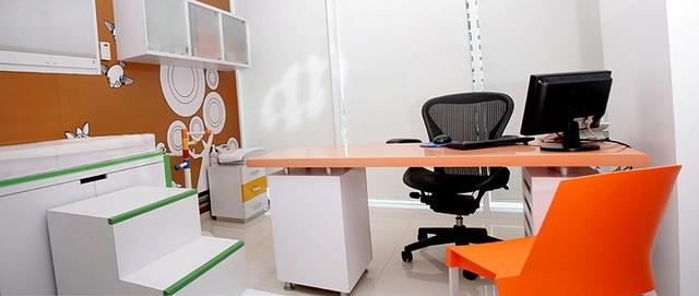 Mobiliario para Consultorio pediatrico. by CUBO 3 taller de diseño, via Flickr