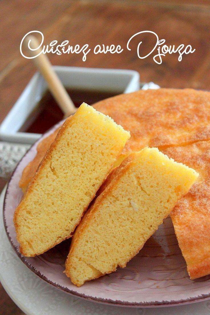 Tahvoult thimeline est une recette de gâteau kabyle préparé avec des oeufs et présenté arrosé de miel. Cette omelette ou galette cuite à la poêle, facile