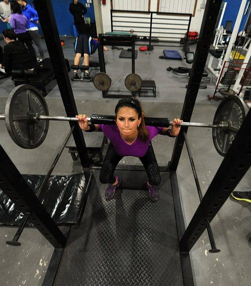 Leryn Franco, member of the Paraguayan Olympic javelin team is doing her squats. Go do yours!